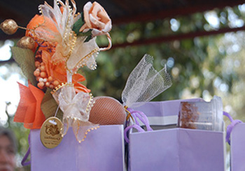Syahid Ali-wedding gifts